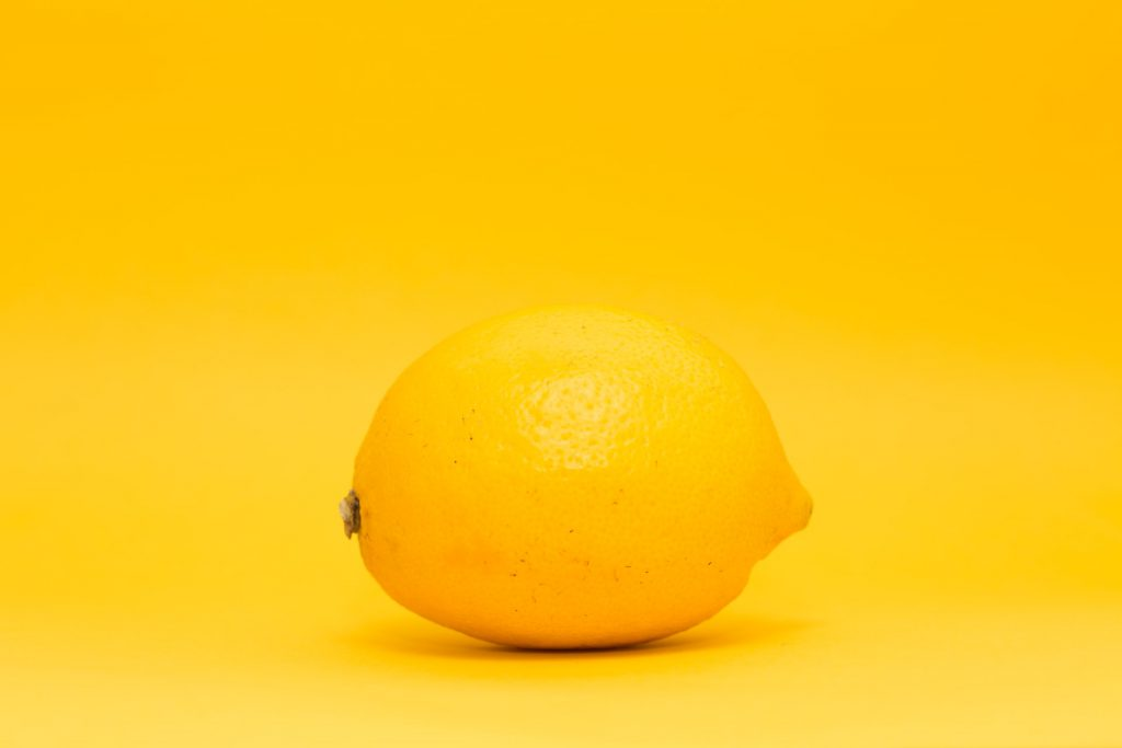 kleur geel met verf maken.